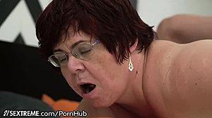 Sex s bacuľaté mama